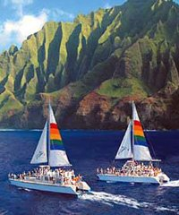 Na Pali Sunset Dinner Cruise (4 Hours)