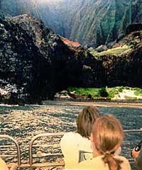 Lucky Lady-Deluxe NaPali Snorkel Cruise - Kauai Sea Tours