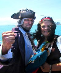 Hawaii Pirate Ship Adventures - Sailing tours on the 85' Spanish Galleon