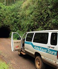 4x4 tours to remote areas of Kauai.