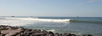 Lahaina Breakwall Surf Guide