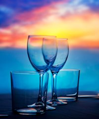 The Hawaii Dinner Cruise is one of the most popular activities.