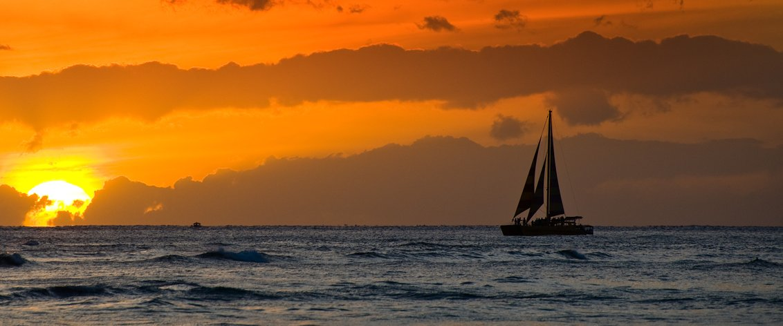 Oahu Sunset Sails are the ultimate relaxing activity.