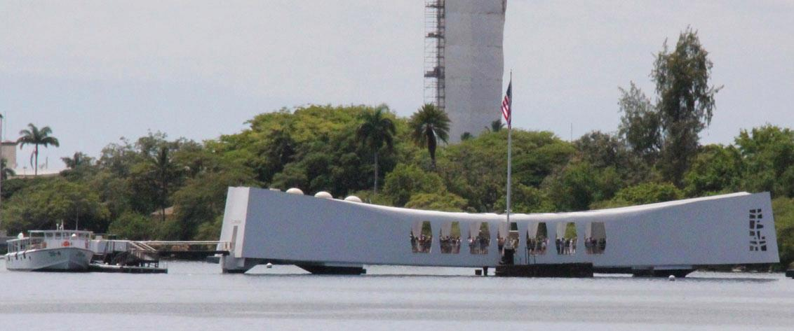 Make reservations to visit Pearl Harbor from Maui.