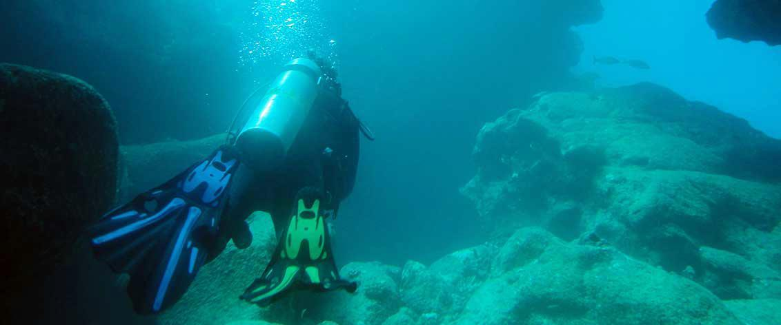 Hawaii Scuba Diving is a major activity in the islands.