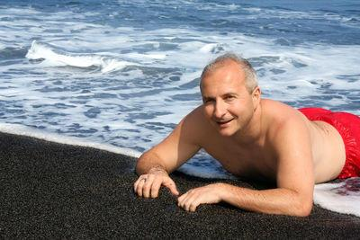 Black Sand Beaches in Hawaii are So Much Fun!