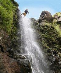 Rappel Canyon & Waterfalls Group Tour - Rappel Maui